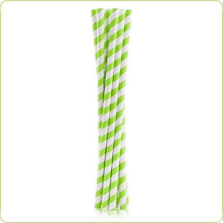 grube rurki papierowe w zielone paski